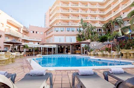 ¡Oferta exclusiva! Habitación superior, pensión completa y spa en la Costa Brava