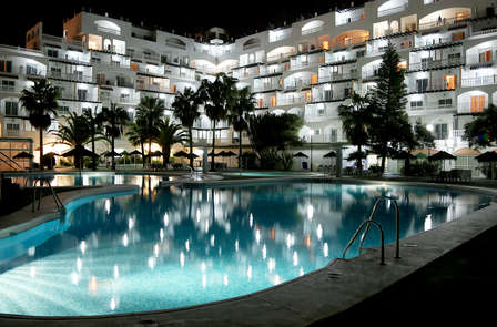 Relax con pensión completa en Roquetas de Mar (desde 2 noches)