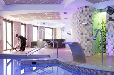 Escapada Romántica y Relax en Asturias en habitación superior