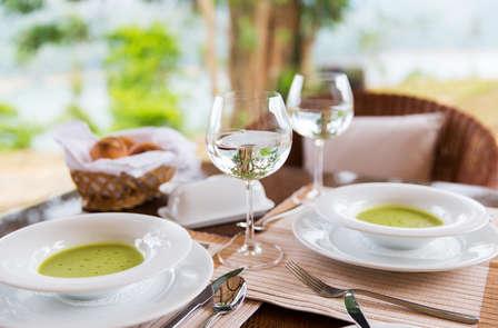 Romanticismo para dos: Escapada con cena y spa en Jaca