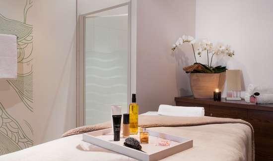 week end bien tre montauban avec acc s au spa pour 2 adultes partir de 110. Black Bedroom Furniture Sets. Home Design Ideas