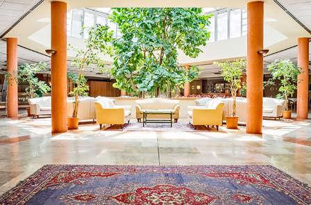 Alle porte di Bologna in un accogliente hotel con giardino