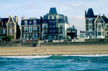 Escapade avec dîner face à l'océan à Saint-Malo
