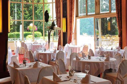 Week-end détente avec dîner près du lac Léman, à Divonne-les-Bains