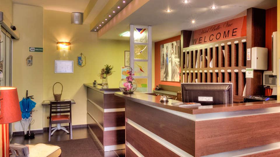 Week end parcs d 39 attractions la louvi re avec 1 entr e au for Week end appart hotel