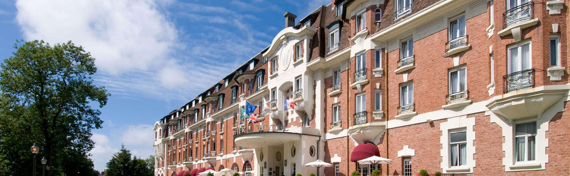 Hôtel Barrière Le Westminster - edit_facade.jpg