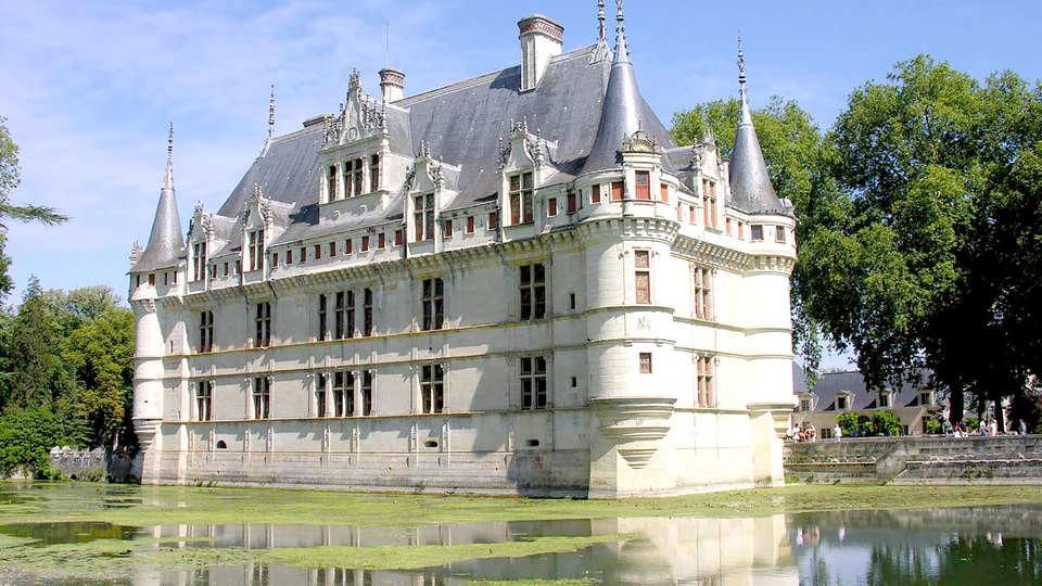 Courcelles-de-Touraine France  city images : Courcelles de Touraine 37 , Centre, France Château des Sept Tours 8 ...