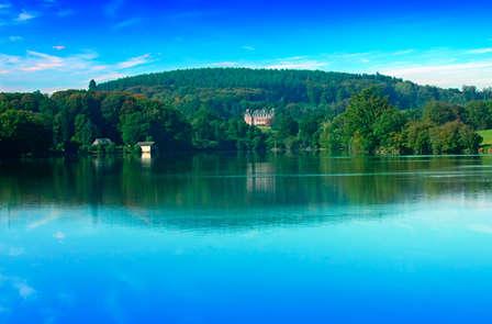 Week-end de charme avec vue sur lac dans un château du Limousin