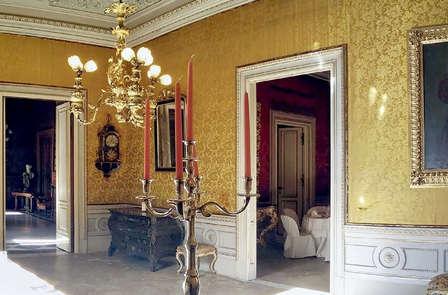 Catania barocca e lussuosa in camera superior