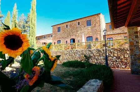 Dichtbij de Toscaanse kust en bezoek een wijnproeverij