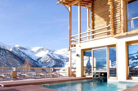 Oferta especial: escapada relax y romántica en el pueblo más alto de Europa (2 noches)