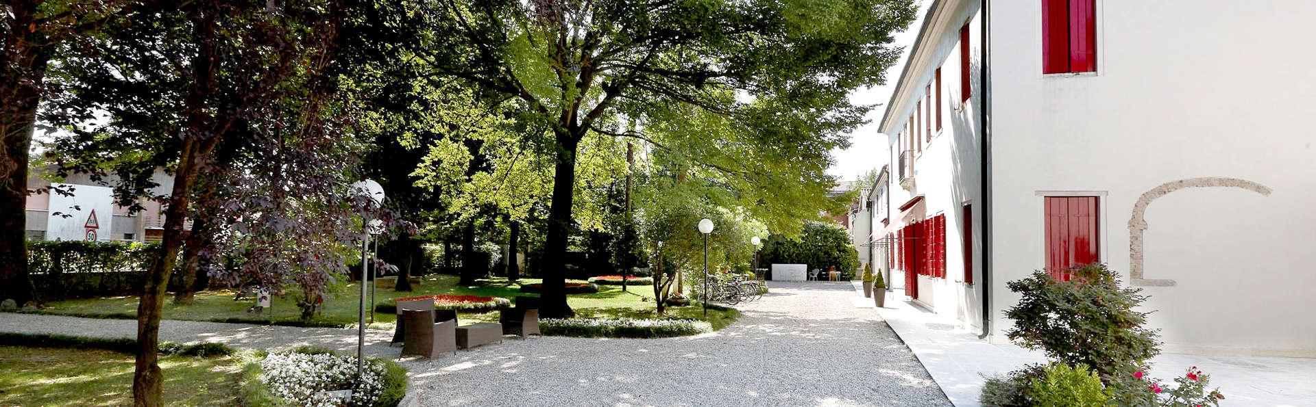Villa Patriarca Hotel - Edit_Garden.jpg