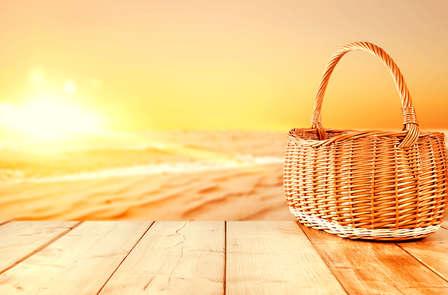 """Escapada """"Amor post Verano"""" con cava y cesta de picnic"""