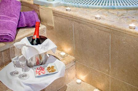 ¡Oferta exclusiva! Una historia romántica con cena y spa privado en Úbeda