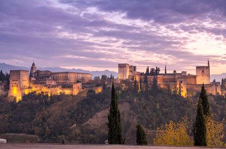 Romanticismo Oriental con Baños Árabes, Masaje y Cena Especial en Granada