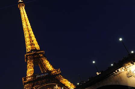 Balade en bateau sous les lumières de Paris