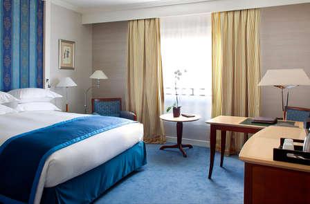 Séjour en chambre Deluxe dans un hôtel 5* près de Paris (à partir de 2 nuits)