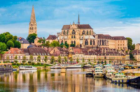 Week-end romantique avec accueil pour les amoureux à proximité d'Auxerre