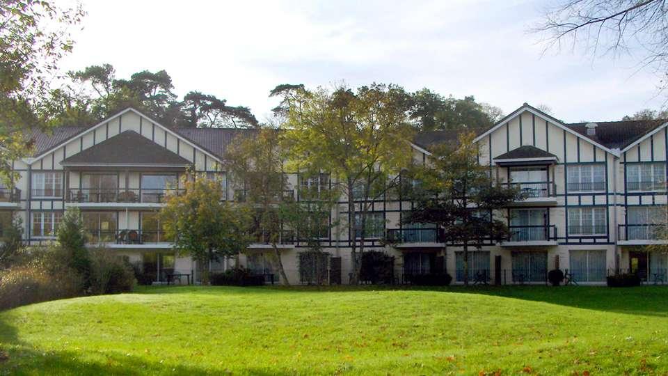 Najeti Hôtel du Parc - edit_facade2.jpg