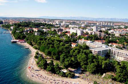 Rélajate frente a la costa croata en Zadar
