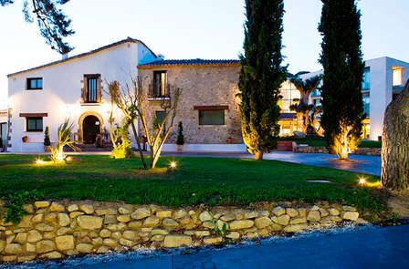 Enamórate con esta escapada con cena y spa en Vallromanes (desde 2 noches)