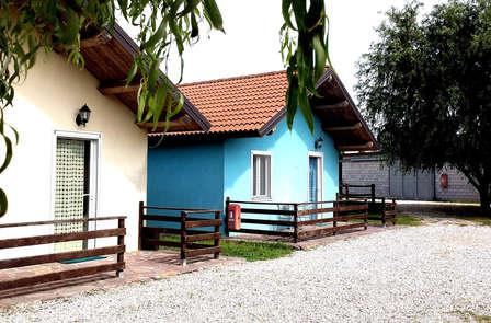 Relax en un bungalow en los campos de Emilia-Romaña cerca de Ostellato