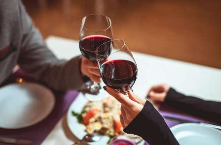 Week-end romantique pour 2 avec dîner romantique servi dans la suite de luxe