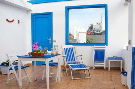 Descanso total en un apartamento con terraza privada con vistas al océano en Lanzarote