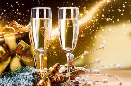 Saint-Valentin: week-end en chambre Deluxe près de Paris avec Champagne offert (à partir de 2 nuits)