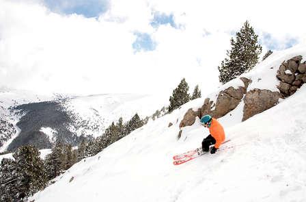 Esquí y relax con forfaits y acceso al spa nocturno en La Molina