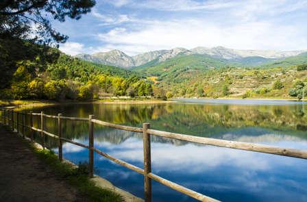Escapada con cena y vistas a la Sierra de Gredos en Cáceres (desde 2 noches)