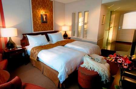 Séjour romantique dans un hôtel de luxe au cœur de Bruges (deux nuits)