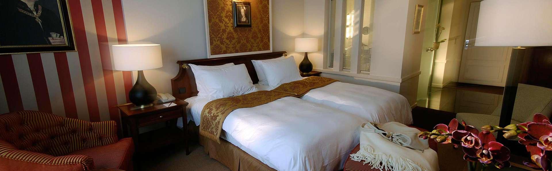 Hotel Dukes' Palace - EDIT_superior1.jpg