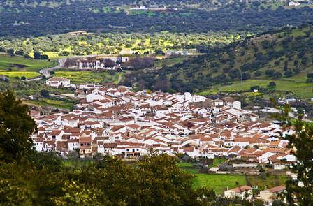 Escapada con encanto en Villanueva del Rey con sabor a Pitarra