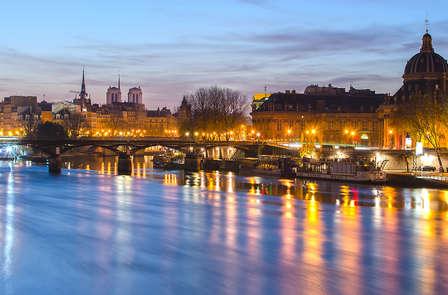 Pause gourmande et croisière sur la seine à Paris