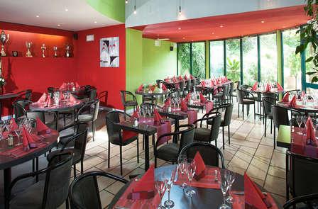 Invito a cena nel verde alle porte di Valence