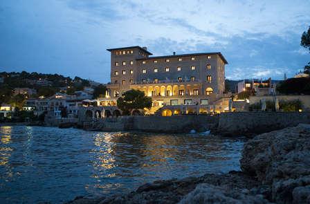 Lujo y spa en hotel sobre el mar de Palma de Mallorca