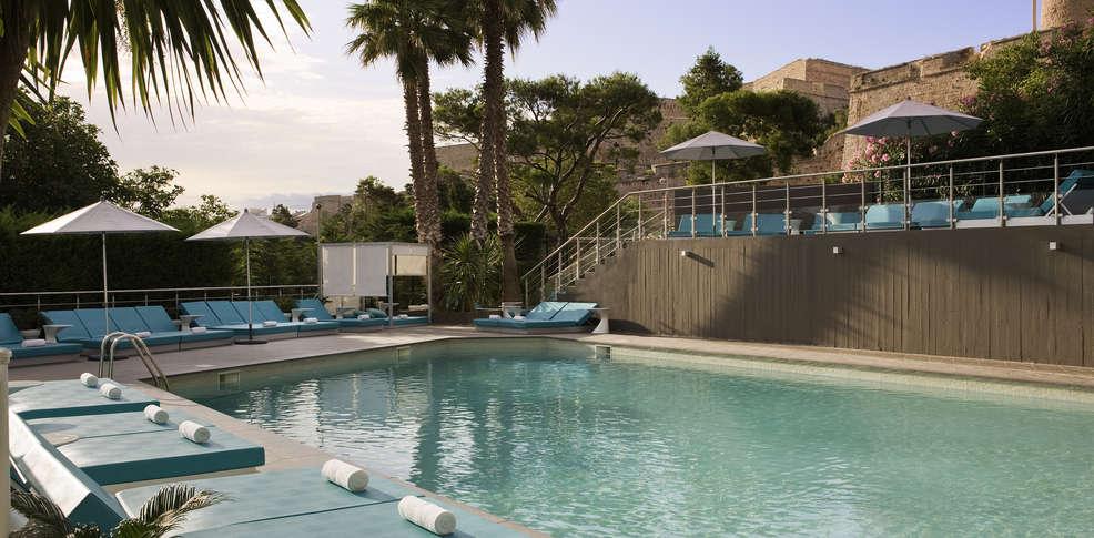 H tel sofitel marseille h tel de charme marseille for Hotel piscine interieure paca