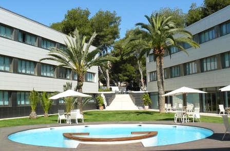 Descubre el encanto de Alicante con Media Pensión