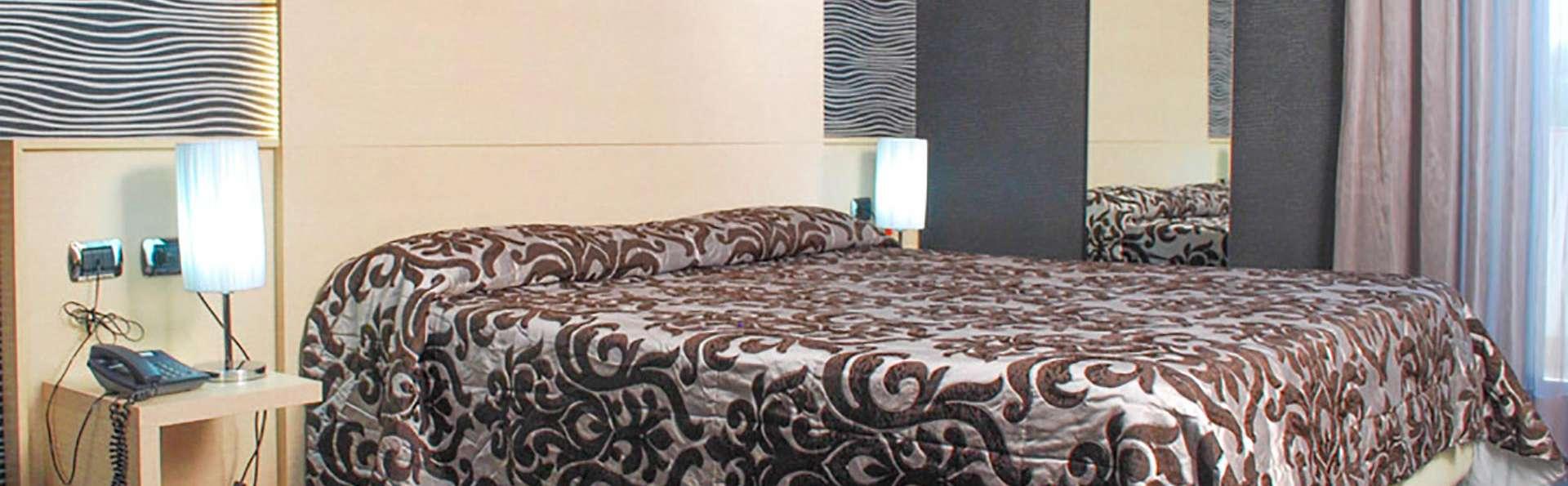 Hotel Premiere - EDIT_room6.jpg