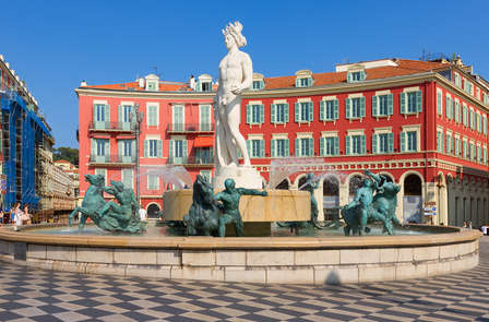 Offre spéciale : détente et champagne sur la French Riviera