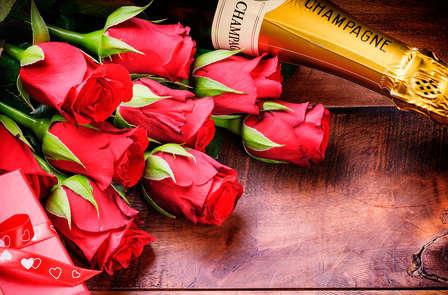 Pétales de roses et champagne dans un palace au cœur de Bruxelles