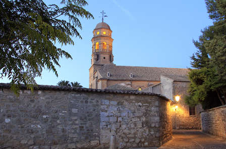Oferta cultural al completo con visita a Úbeda, Baeza y Castillo de Sabiote