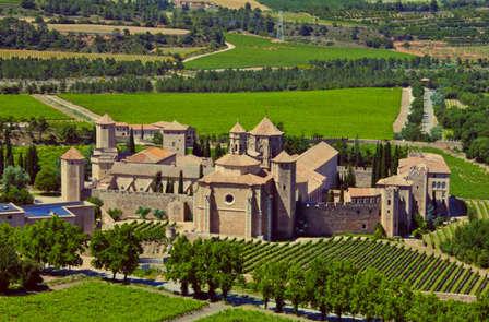 Alla scoperta della Conca de Barbarà con visita al monastero e a una cantina (da 2 notti)