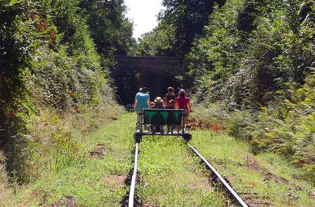 Avontuurlijk weekend met railbike vlakbij Dinant