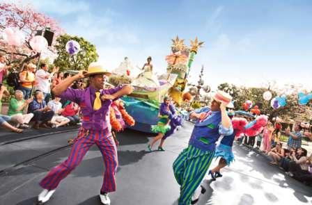 Weekend con ingresso ai 2 parchi Disney® (2 Giorni / 2 Parchi)