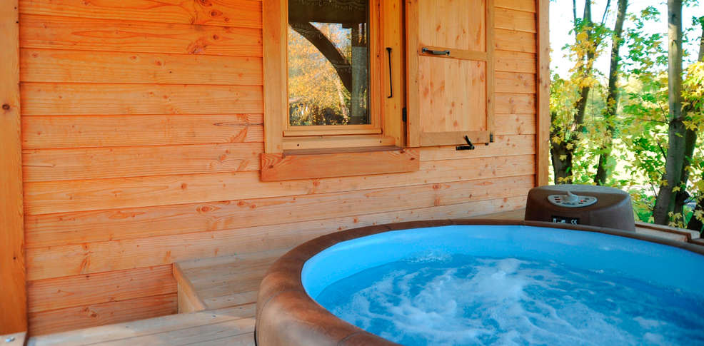 H tel lodges en provence h tel de charme richerenches for Hotel jacuzzi privatif lorraine