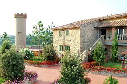 El encantador paisaje de la Toscana cerca de Cecina