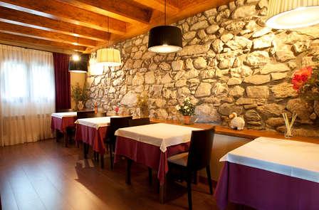 Una deliziosa cena nel cuore dei Pirenei Aragonesi