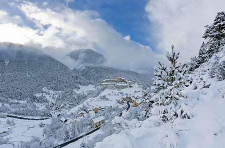 Week-end détente et ski près de la Station des Orres (avec Ski pass 1 jour)